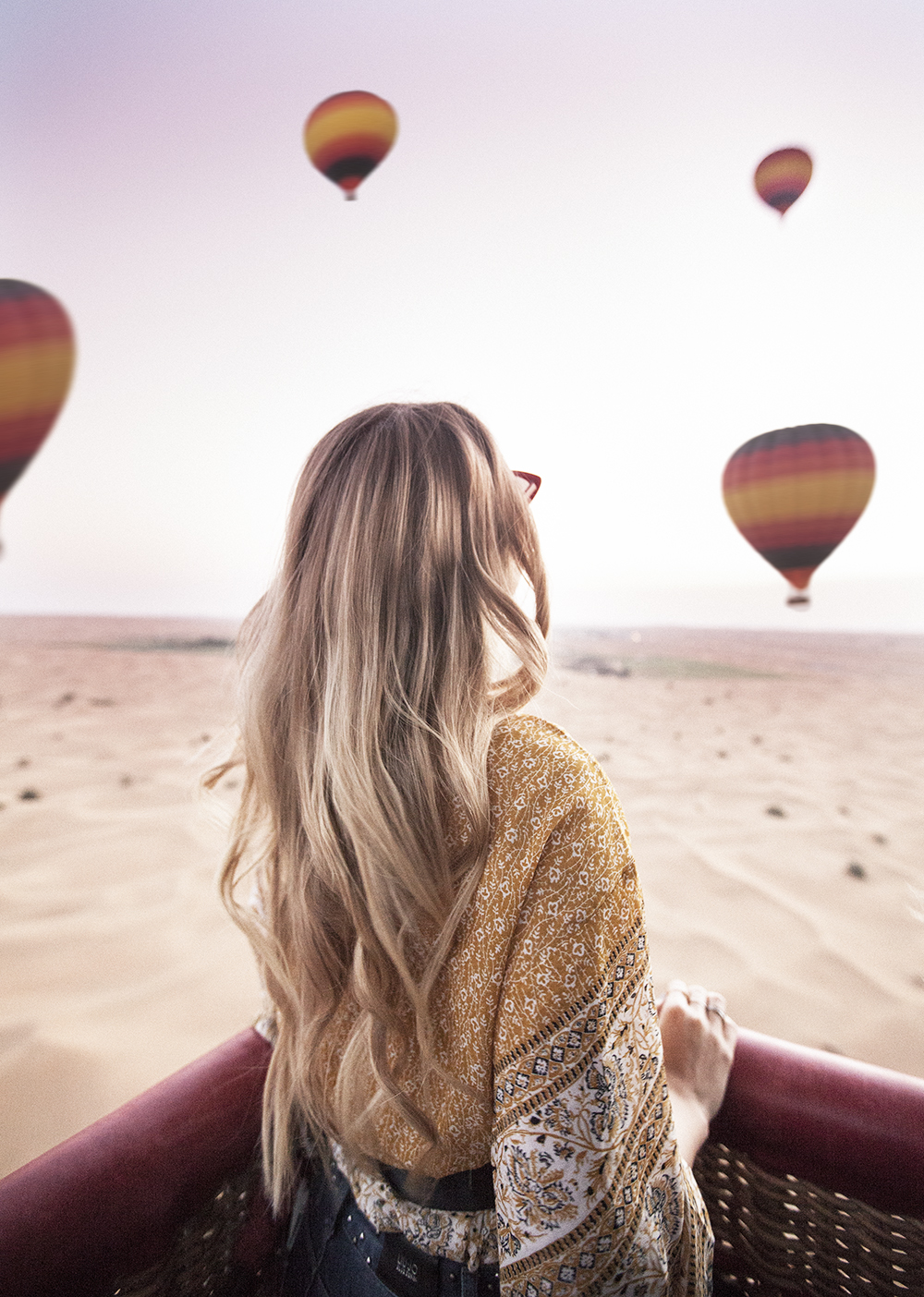 hot air ballooning in the desert